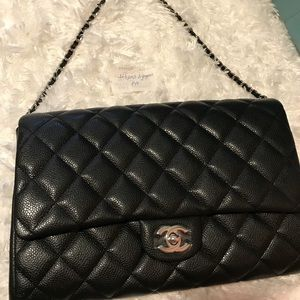 Chanel clutch new condition